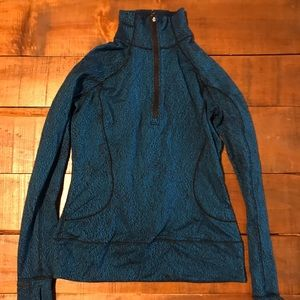 Lululemon Quarter zip long sleeve fleece